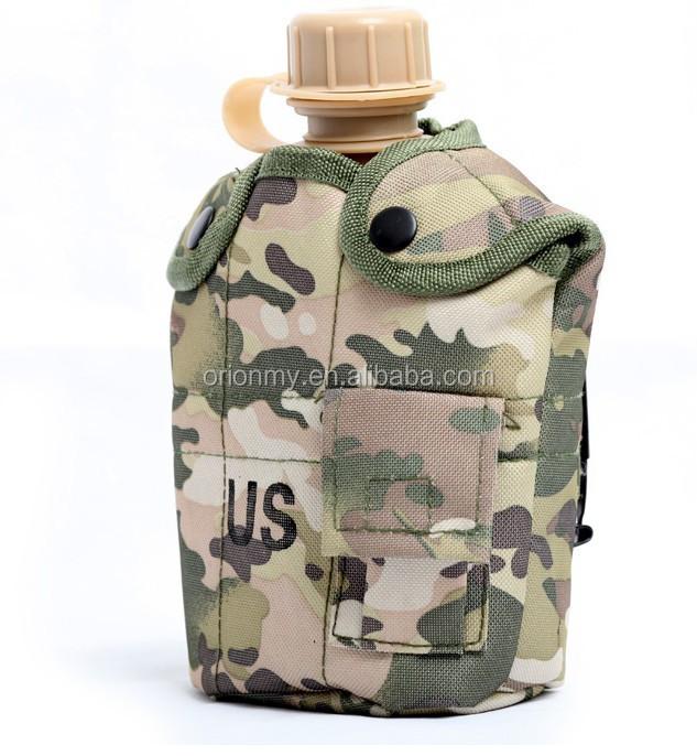 militaire cantine militaire bouteille d 39 eau militaire. Black Bedroom Furniture Sets. Home Design Ideas