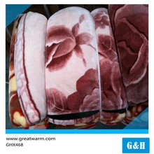 Hot sale Factory wholesale thick Throw stock blanket made in spain