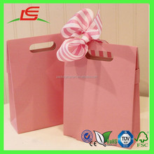 J085 China Manufacture Custom Cute Folding Packaging Paper Bag for Gift