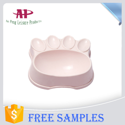 2016 New Dog Products Foot Shaped Dog Bowl