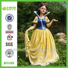 Cartoon Statue Resin Seven Dwarf Snow White