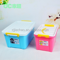 Large clear plastic storage containers with lids