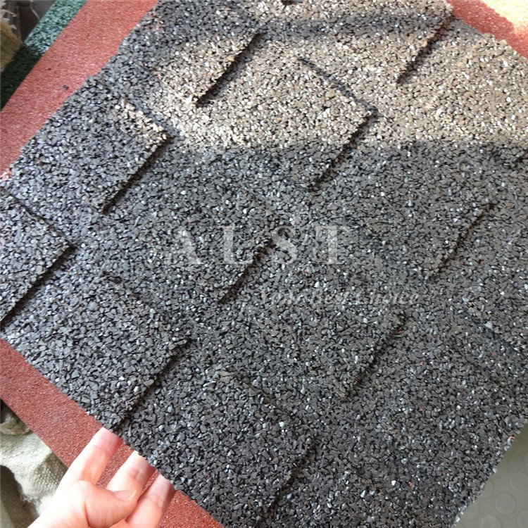 carreaux de sol en caoutchouc dans le jardin rev tements. Black Bedroom Furniture Sets. Home Design Ideas
