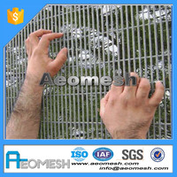 Welded Wire Mesh High Security Prison Jail Fence with Razor Barbed Wire