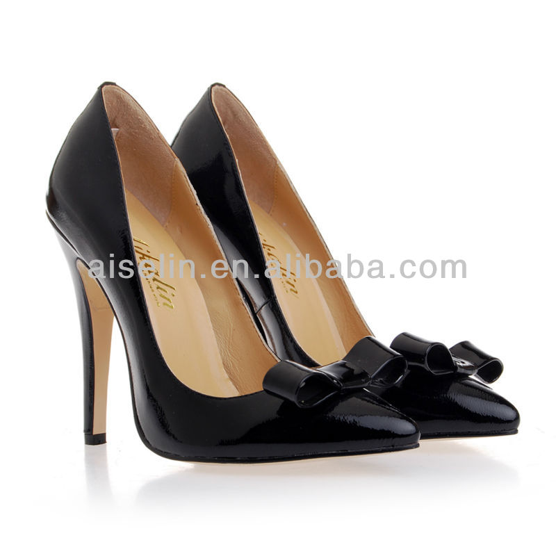 If you are going to a party, you must need a prom shoes; If you need plus size prom shoes, you are welcome to come here, tbdress, which provides you various kinds of gehedoruqigimate.mls, all the shoes are on sale now. You can buy them online at a low price. For example, Plus size prom shoes, large size shoes for women, and plus size shoes for women.
