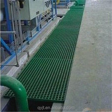 Drainage gutter with FRP/GRP grating cover