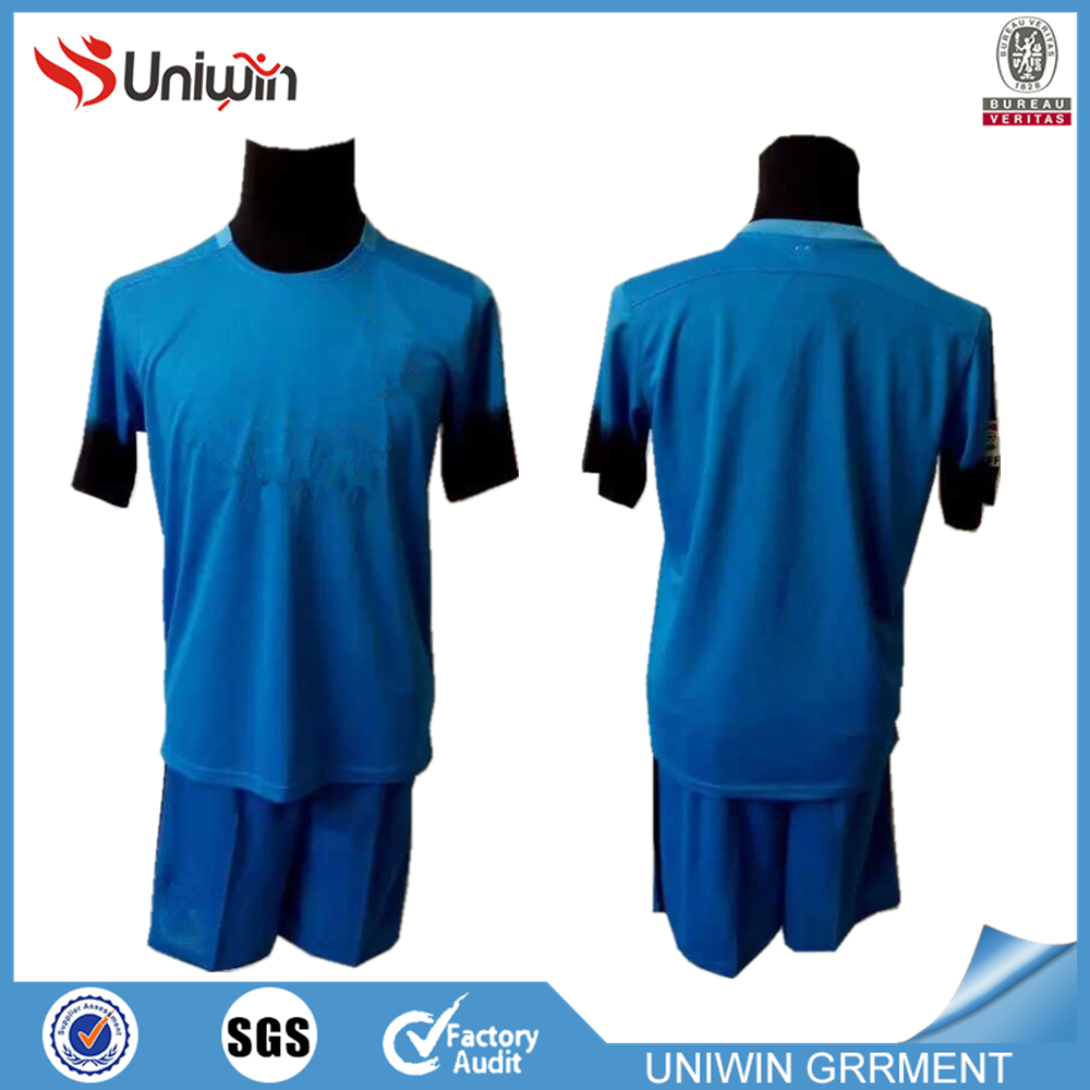 100 polyester soccer jerseys top thailand soccer kits for men