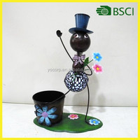 Best selling antique solar energy product with iron ant doll planter