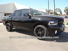 """New 2014 DODGE RAM 1500 CREWCAB Express 5.7L V8 4x4 """"BLACK PACKAGE"""" / Export to Worldwide"""