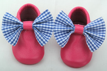 Stock new designer leather baby moccasins
