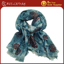2015 lady wholesale printed rose scarf