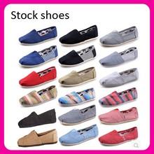 Stock! cantidad grande deporte barato zapatos de lona de thomas 2015 hombres zapatos casual