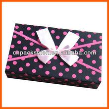 Lovely custom polka-dot paper gift boxes for birthday celebrate
