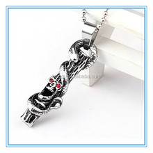 2015 hot selling popular fashion snake and skull pendant