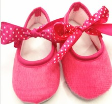 2012 best selling high quality soft baby shoes