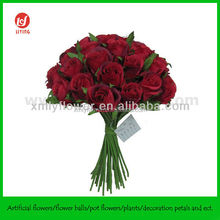Wedding Favors of 36 Heads Red Rose Bouquets