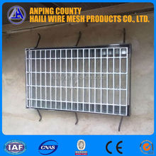 Q195 Serrated Steel Grating / Hot Dipped Galvanized Steel Grating With ISO & BV (anping factory direct price ) Merry Christmas