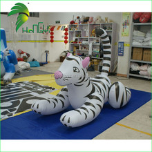 2015 PVC White Inflatable Tiger