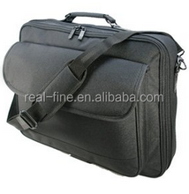 "Quality Black Polyester 16.4"" , 17"" , 19"" (18.4"" widescreen) Notebook / Laptop bag / case"