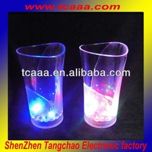 Custom led flashing cup- 370ml plastic vase cup