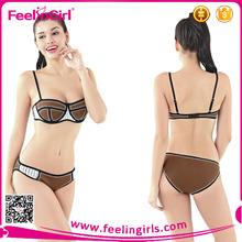 Moda de dos piezas de mano de punto de ganchillo bikini conjunto de trajes de baño