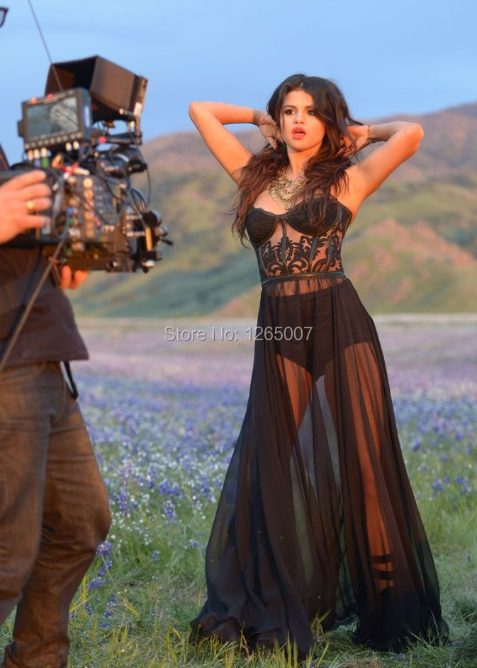Selena Gomez Black Lac...