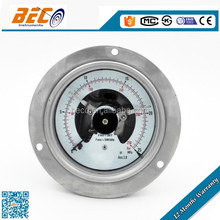Bourdon tube pressure gauge with electric switch contacts