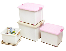 plastic storage container with lid