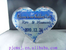 2015 classical wholesale Heart Shape Crystal With Customized Logo For Wedding Centerpieces