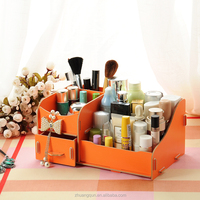 Wood makeup vanity case with compartments