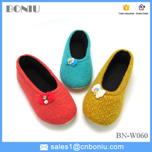 home warm woolen shoes for lady