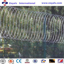 2015 good quality razor barbed wire mesh y post