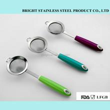 New design stainless steel kitchen tool of 8cm mesh strainer
