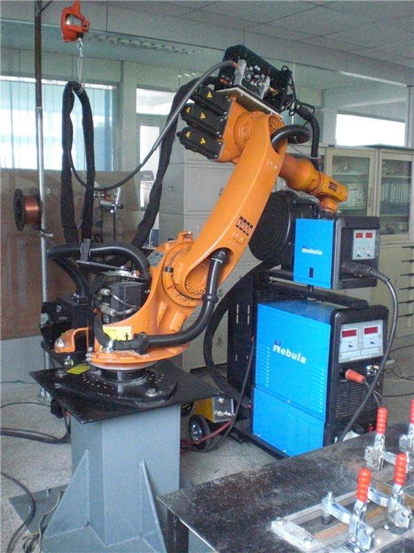 Kuka robot connect nébuleuse équipement de soudage