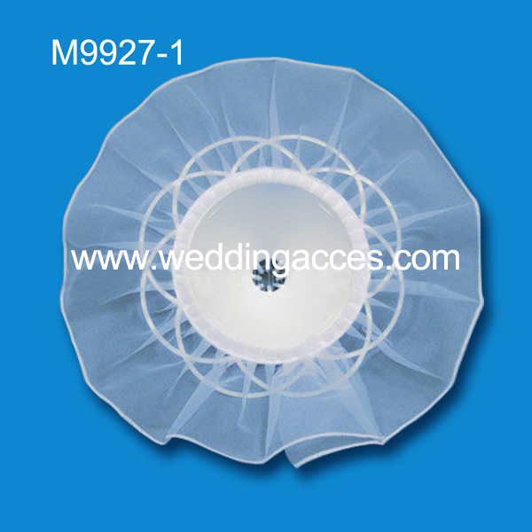 M9927-1 White Tulle Bouquet Holder