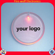 Custom Logo promotional Party Supplies Pin Custom Wing Shaped Badge With Led Light