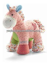 in piedi ditsy e carino farcito morbido peluche cavallo giocattoli per bambini