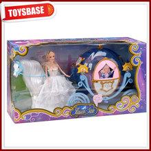 Caliente venta de la princesa muñeca de juguete coche de caballos para los niños