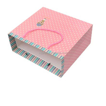 Made in China manufactures pink gift paper bag with handle