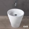 montado no piso de resina de pedra pias de banheiro