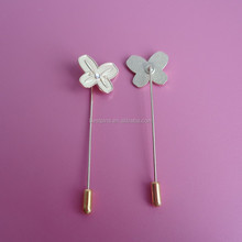 Promotional cut of the bow with the diamonte needle pins ribbon brooch for blood cancer