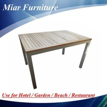 Dining Room Table / Dining Table / Table 201022Z