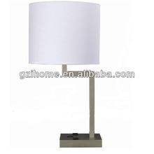 2015 lámpara de mesa con potencia de salida