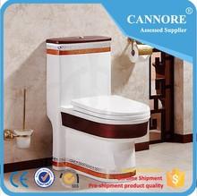 2015 Designs Colored Sanitary Ware Toilet