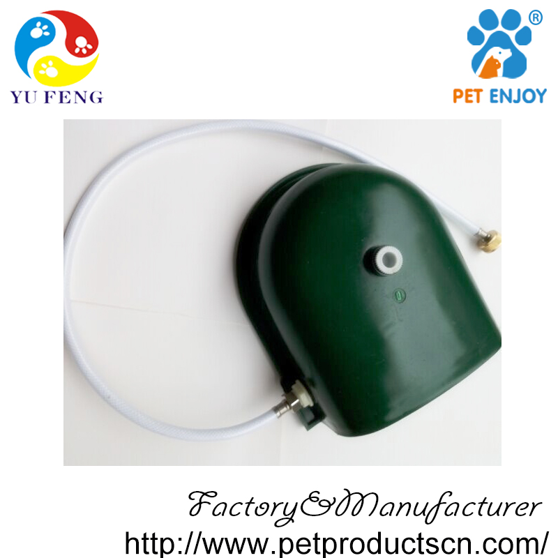 automatic dog water feeder green colour.jpg