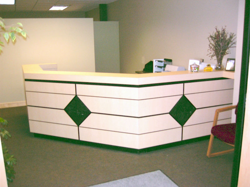 Modern Material Classic Design For One Person Office Front