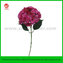 "29"" Giant Plastic Flower Decorations"