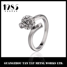 2015 latest zinc alloy sample wedding ring designs for couple