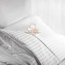 300TC Cotton Stripe Double Stitches Quilting Comforter
