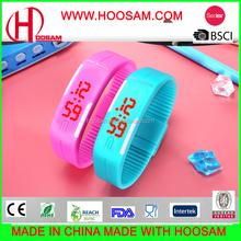 beautiful digital kids wrist watch eco-friendly silicone